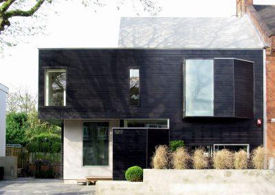 2005: Stealth House